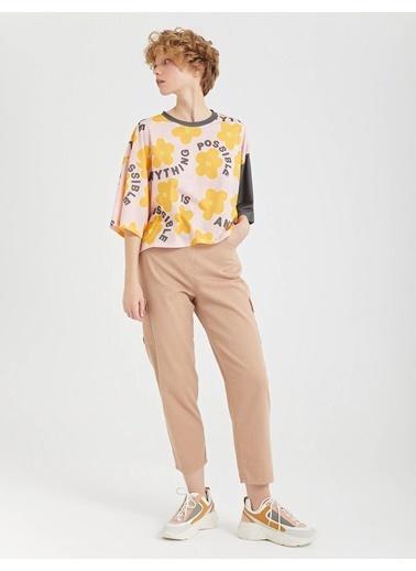 BGN Kum Rengi - Cep Detaylı Rahat Kesim Pamuklu Pantolon Kahve